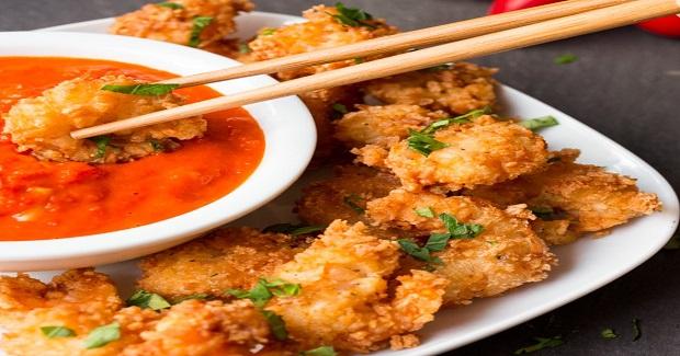 Crunchy Coconut Prawns With Fiery Tomato Dip Recipe