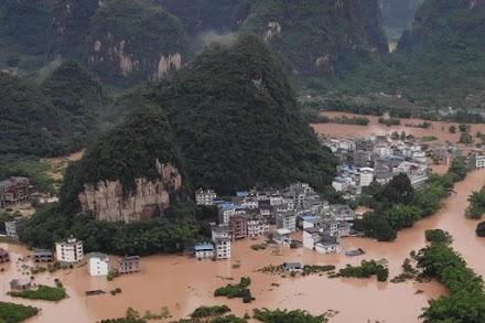 Καταστροφικές πλημμύρες στην επαρχία Χουμπέι της Κίνας