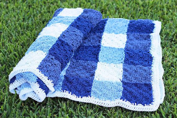 Gingham Picnic Blanket Crochet pattern