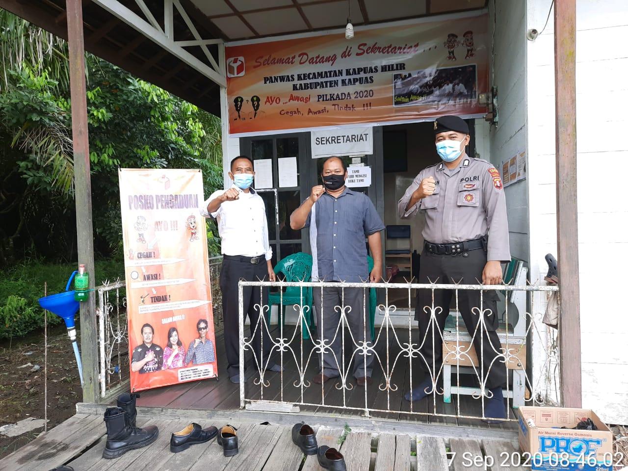 Piket Polsek Kapuas Hilir Laksanakan Patroli Sambang Ke Kantor Panwas