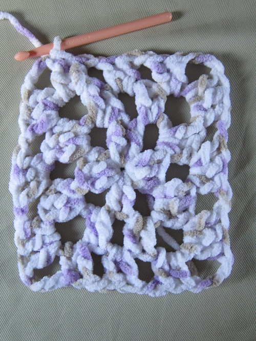 crochet, yarn, blanket, Bernat Baby Blanket