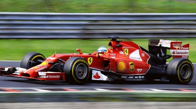 Formula 1 Auto de Carreras en color Rojo