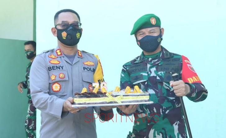 Kapolres Datangi Makodim Takalar, Memberi Ucapan Selamat HUT TNI  ke 76 Tahun 2021