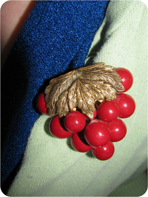 vintage cherry brooch
