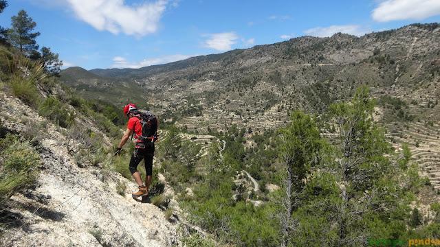 Vía Ferrata Penya del Figueret en Alicante. Serra de la Gralla