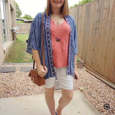 awayfromtheblue Instagram | white bermuda denim shorts outfit with blue kimono pink tee mum style