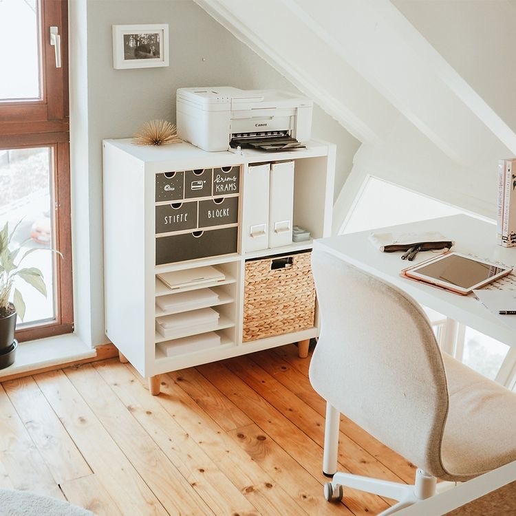 Tips dekorasi, office corner, work from home office , wahm office, small office, home office