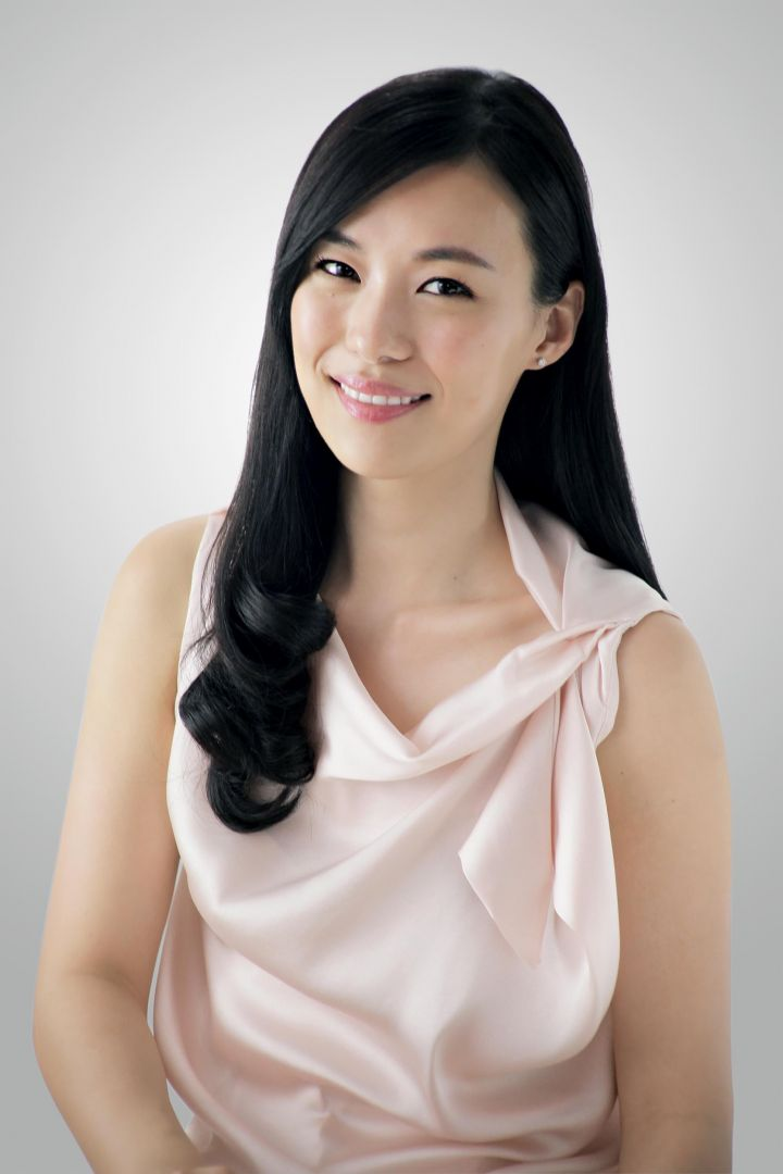 Q Dog Brand Pretty Asian Women: Re...
