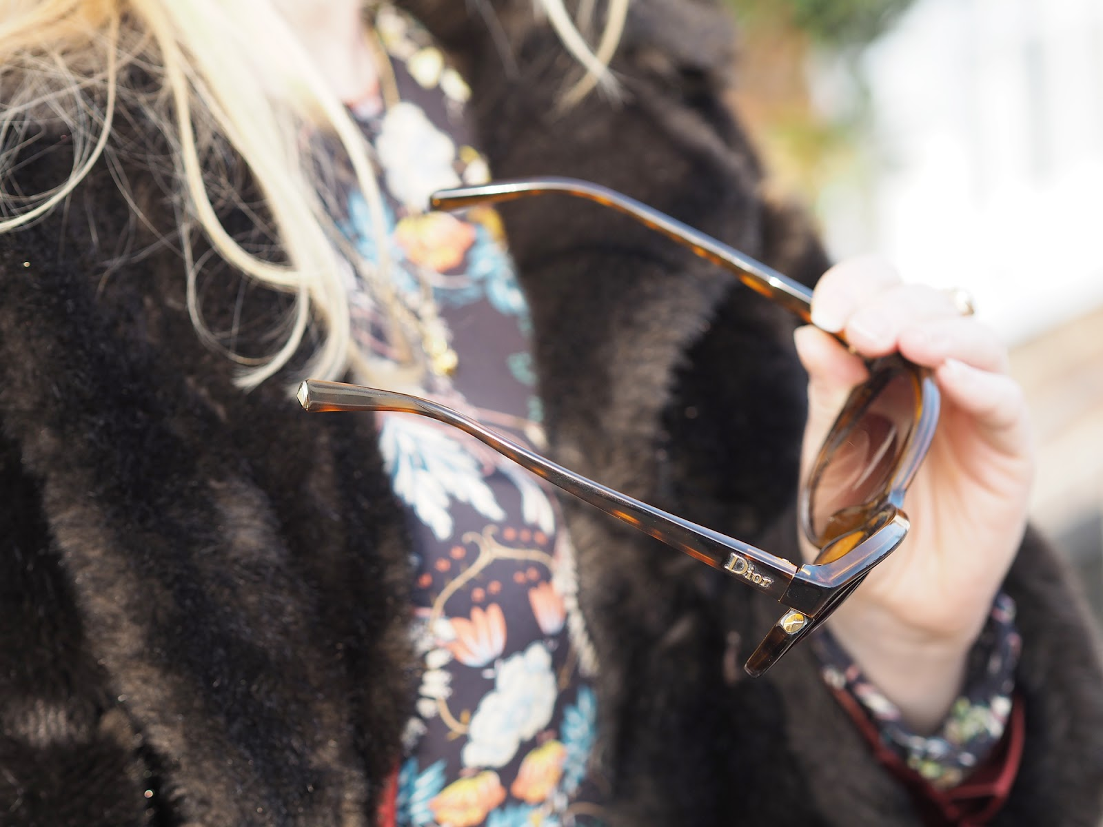 Outfit - vintage faux fur coat and tips for buying vintage clothing, Dior Sunglasses