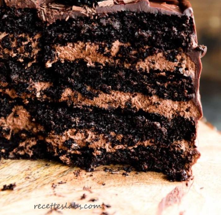 Gâteau au chocolat 4 étages
