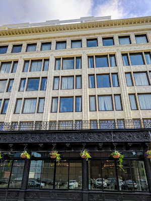 Buffalo Architecture: Facade of the historic Curtiss Building in Buffalo, New York