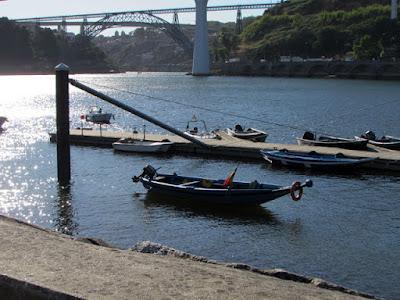 rio Douro, pontes e barcos