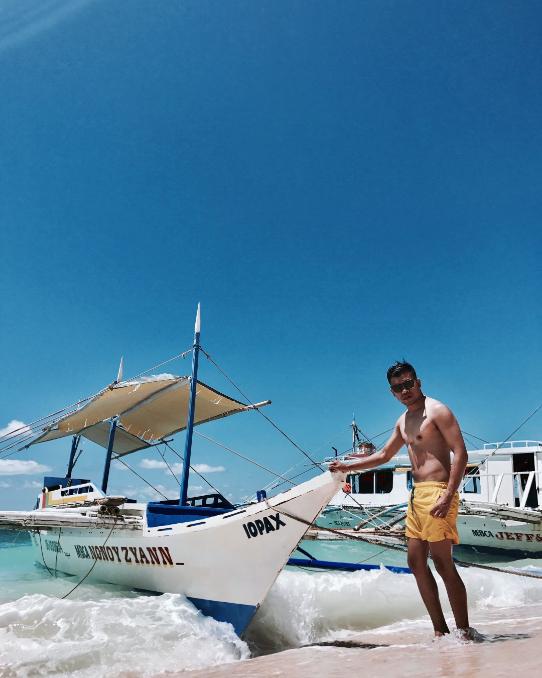 cebu-mens-fashion-blogger-almostablogger-boracay-8