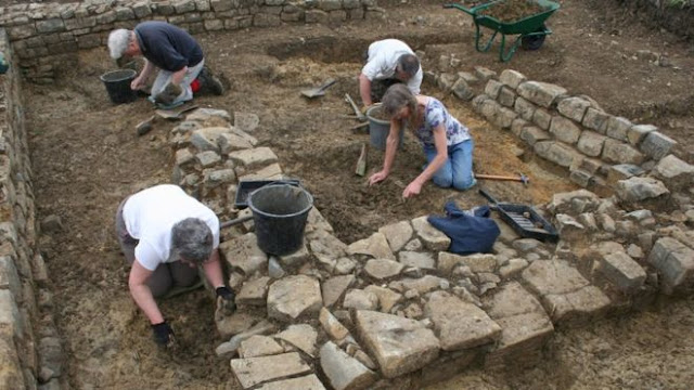 'King Arthur' chapel near Glastonbury uncovered