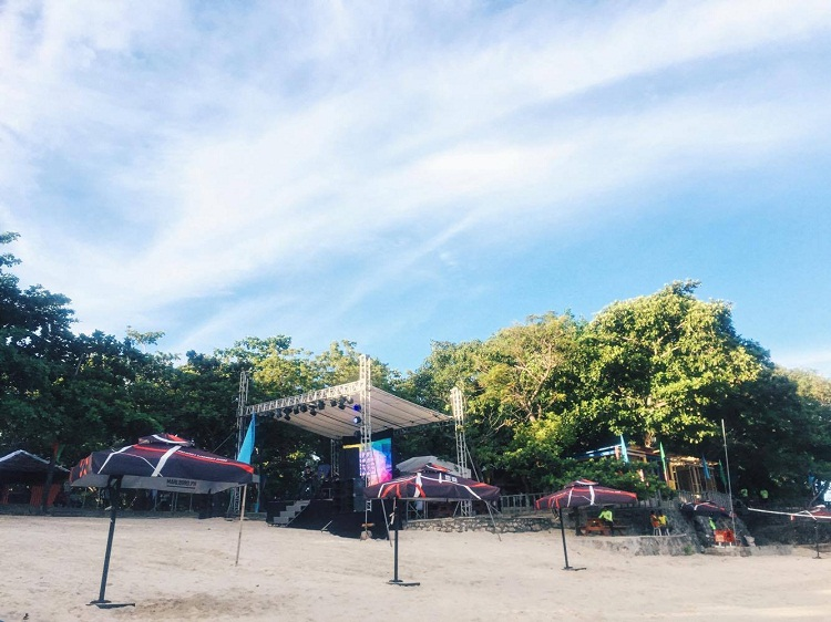 Mactan Newtown Beach