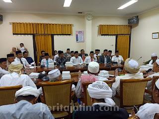 Di Depan Anggota DPRD, KH Ahmad Yahya Sebut Syiah Sebagai Paham Radikal yang Perlu Diberantas