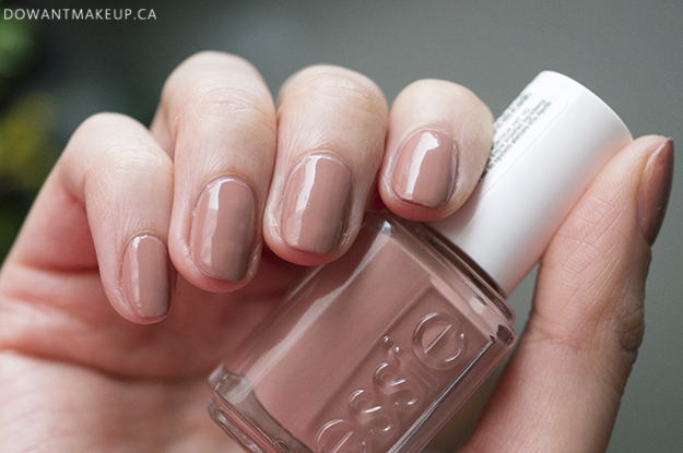 Essie Desert Mirage swatches Less Is Cura