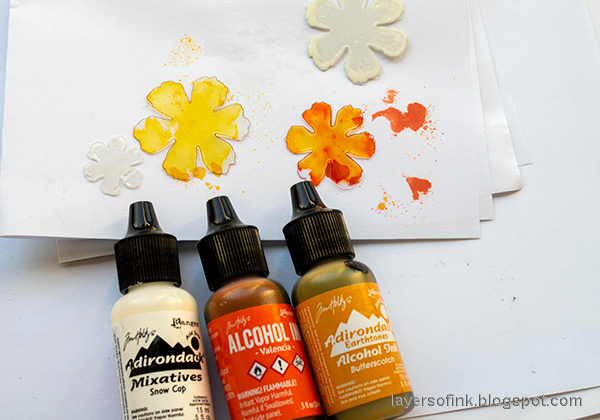 Layers of ink - Inky Ombre Card Tutorial by Anna-Karin Evaldsson. Color with alcohol inks.