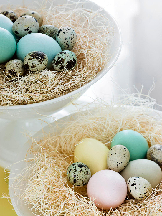 Easy Easter Centerpieces Amp Table Settings Pretty Ways To Decorate With Easter Eggs