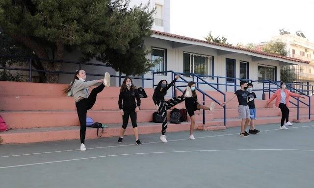 Απινιδωτές σε σχολεία και αθλητικούς χώρους ζητά ο Πανελλήνιος Ιατρικός Σύλλογος