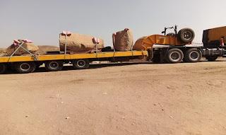 Ramsis II Obelisk on a truck