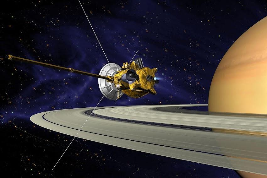 Il 26 Ottobre 2004 – La sonda spaziale Cassini-Huygens invia alla Terra le prime immagini di Titano, il satellite di Saturno