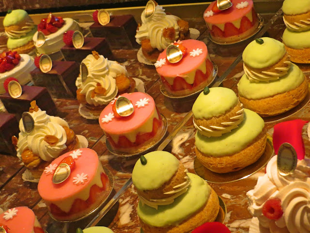 Paris pastries, Laduree