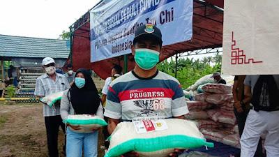 PIK 2 dan Buddha Tzu Chi Salurkan Bantuan Sembako Untuk Warga Desa Tanjung Pasir dan Tanjung Burung
