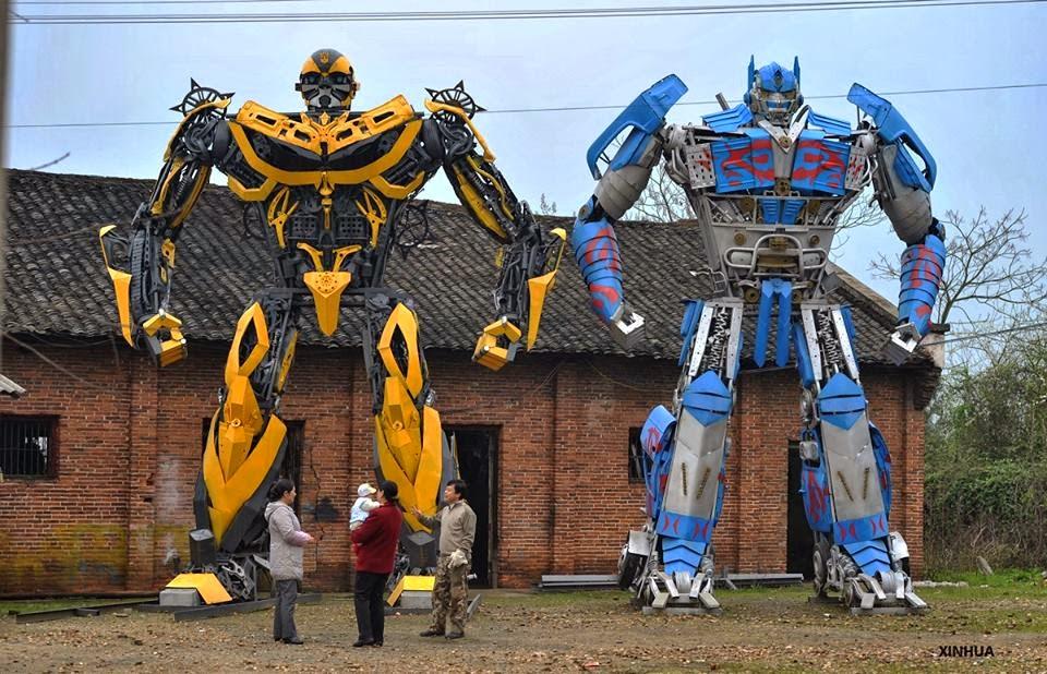 Hasil gambar untuk patung transformer