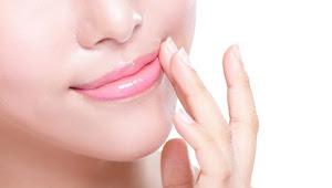 Inilah Penyebab dan 6 Cara Ampuh Mengatasi Bibir Hitam, Coba Yuk!