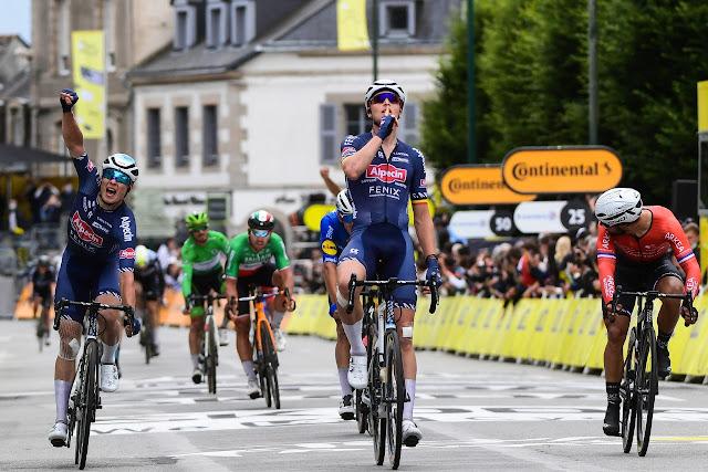 Tim Merlier vence pela primeira vez uma etapa do Tour de France