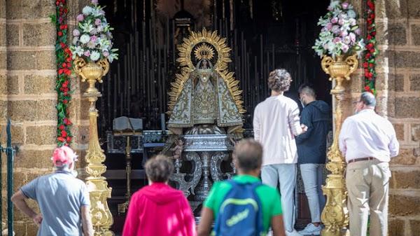 Las cofradías de Cádiz contra el reloj