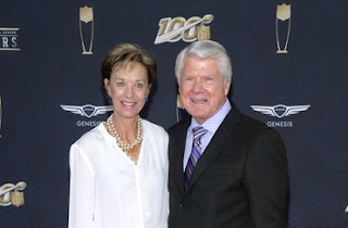 Rhonda Rookmaaker with her husband Jimmy Johnson