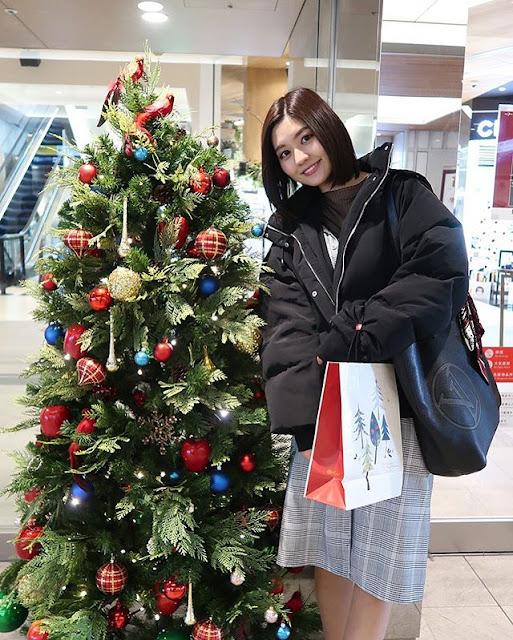 Yume Hayashi Photos