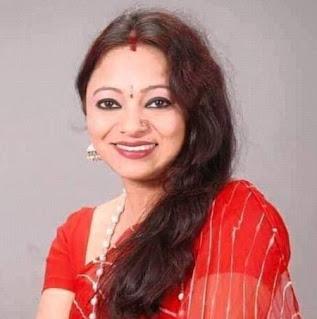 Meena Rana Gadwali Singer