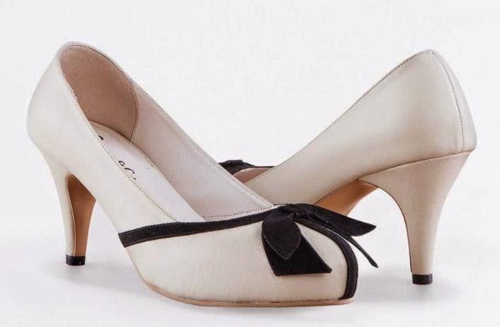 16 Inspirasi Populer Model Sepatu Wanita Elizabeth