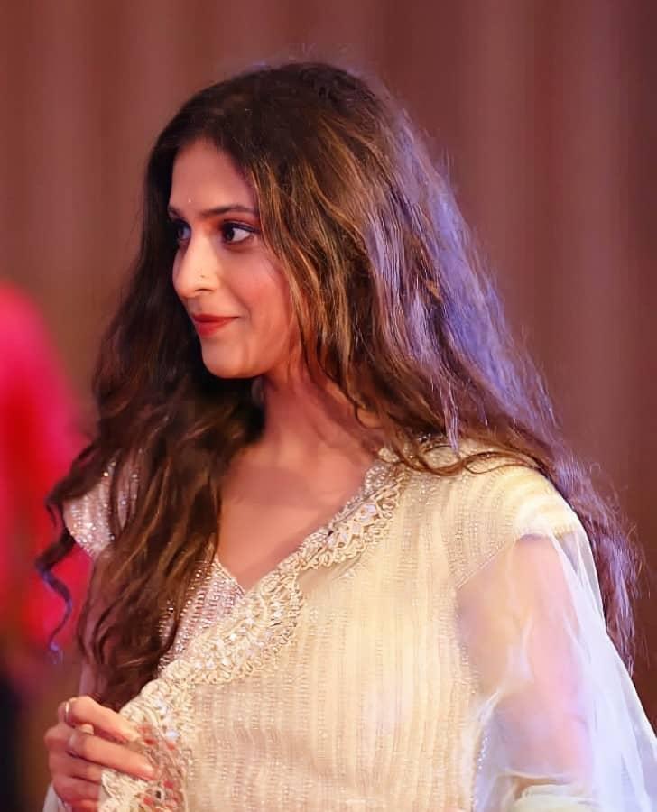 surbhi shukla actress latest photos
