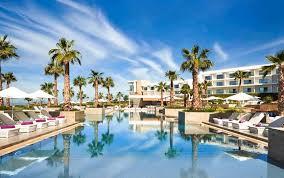 للمهتمين بالفندقة .. فندق  يعلن عن حملة توظيف في عدة تخصصات