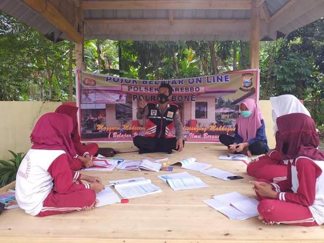 Polsek Barebbo Sediakan Tempat dan Fasilitas Wifi Untuk Belajar Daring