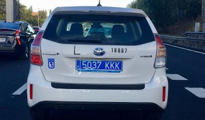 imagen-taxi-matricula-azul