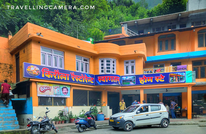 """The restaurant itself is a very humble-looking place and is actually more of a dhaba. However, as of today, it has 90 google reviews (honestly this number sounds very low compared to how many people talk about it) and is rated 4.1. In happier (pre-covid) times, the restaurant used to stay open 24 hours a day, but now it is open from 10am to 11pm.   We ordered the standard fare of 3 mutton curries for the 4 of us and tandoori rotis. We also ordered pakode from the small shop next to the Kirola restaurant (though you can pay for those too at the restaurant itself). The advantage of ordering the most popular items at a restaurant is that the service is usually prompt. However, this time it was lightning fast and the food was on our table almost as soon as we ordered it. As most of the reviews as well commend the restaurant for its awesome service, I assume the experience is acceptable even for non-standard orders.   The server who was assigned to us was efficient and warm and that is not a priceless combination when it comes to restaurant business. For example, he was quick and smooth in delivering our order, and at the same time kept a watch at when our rotis were getting over. He even did that typically Indian thing of """"ek aur to chalegi"""" with a broad smile. And that makes hell of a difference to the experience."""
