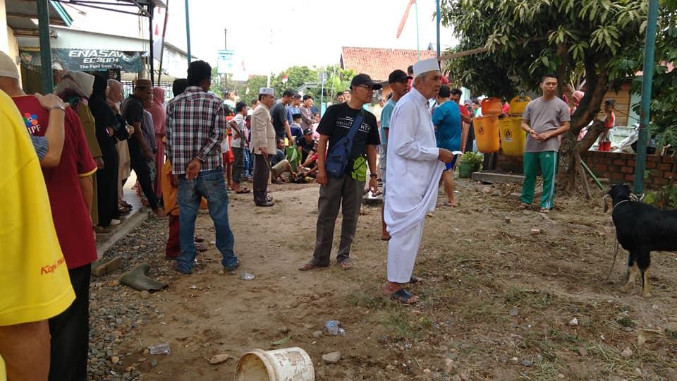Photo persiapan penyembelihan hewan qurban di Tanjung Sari Jambi
