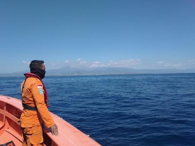Basarnas Mataram Kerahkan Tim Rescue untuk Cari Nelayan Hilang