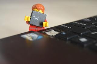 Combine Blogging and Social Media Efforts