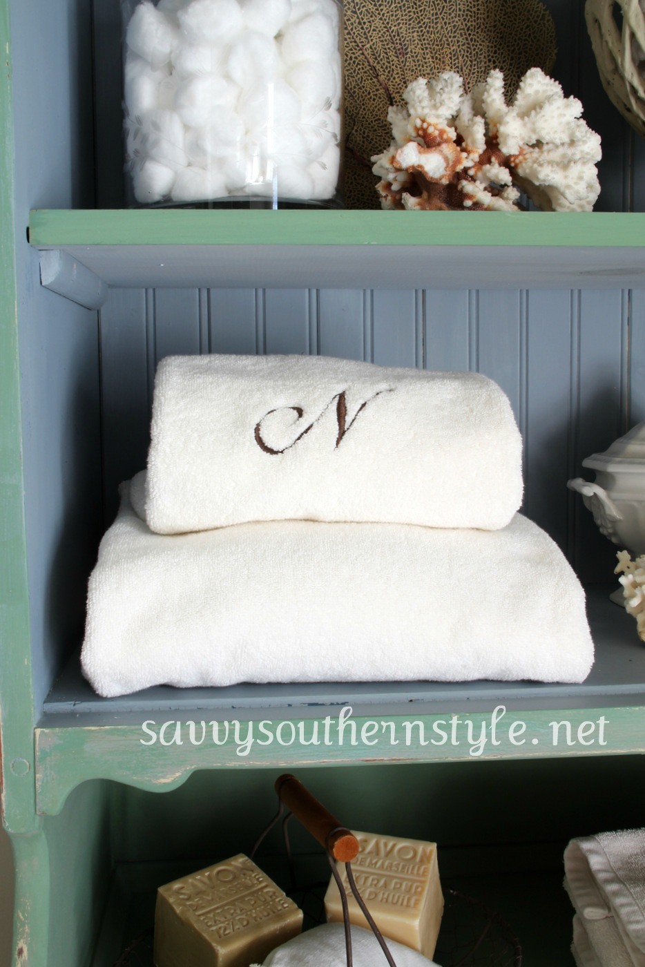 Savvy Southern Style Luckett S Green And Shutter Gray