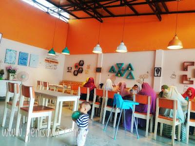 tempat makan yang enak, murah, kekinian di bandung