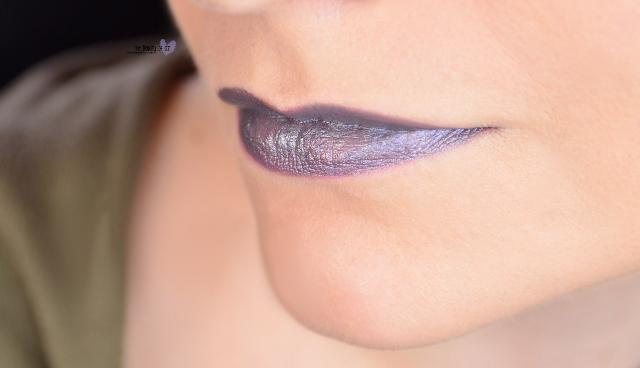 Knallige Lippenstifte im Test