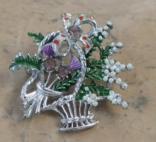 Scottish heather basket brooch by Exquisite