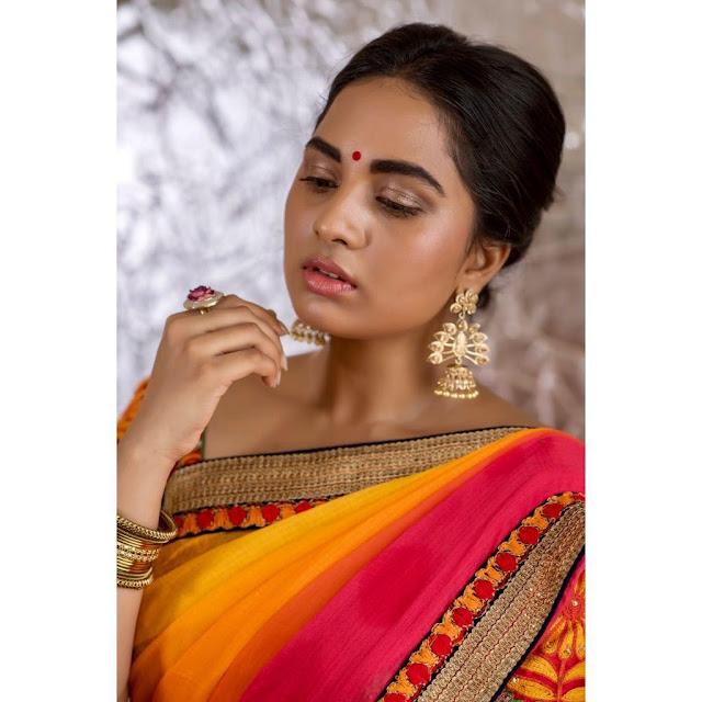 Tamil Actress Sruthi Dange Latest Photoshoot Pics In Saree Actress Trend