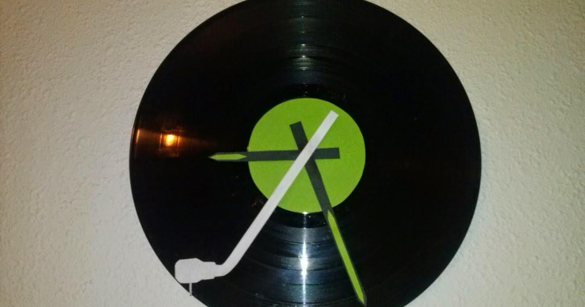 Reloj de pared con disco de vinilo manualidades forja ideas - Reloj pegado pared ...